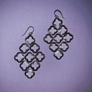 STELLA AND DOT DROP CLOVER EARRINGS